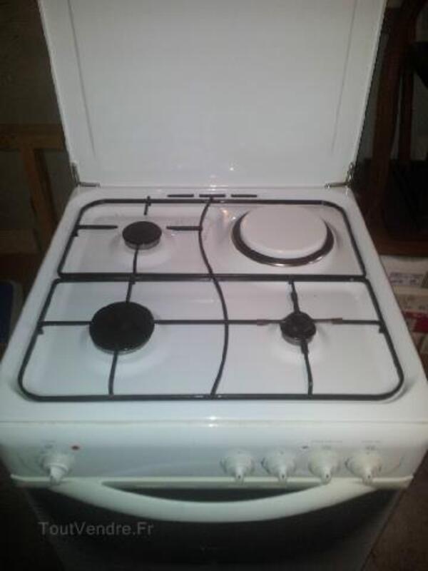 Cuisiniere 95239564