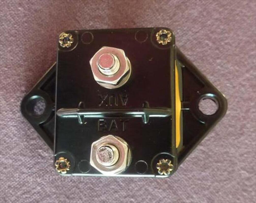 Disjoncteur thermique BLUE SEA 50 Ampères 105253621