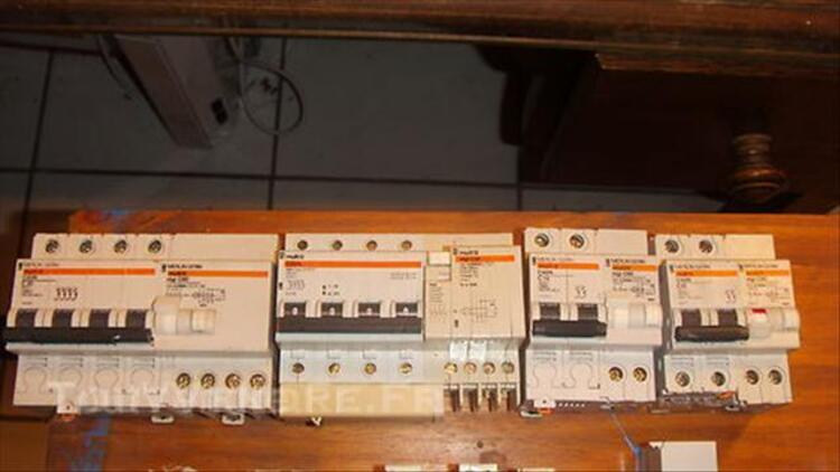 Disjoncteurs 44919770