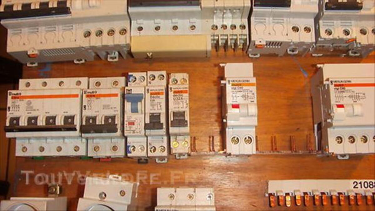 Disjoncteurs 44919771