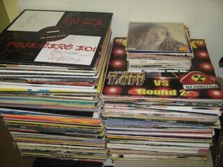 Disques vinyls maxi 45 tours + albums