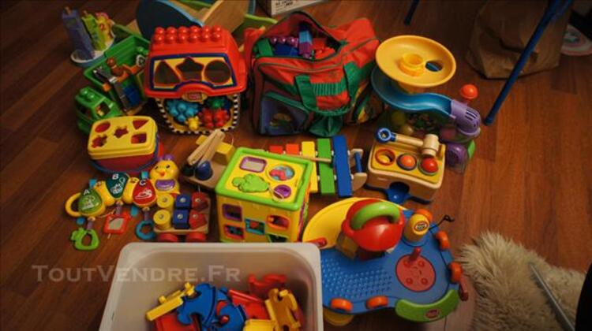 Divers jouets aeroballes, gowi, megablocks, en bois.. 85676476
