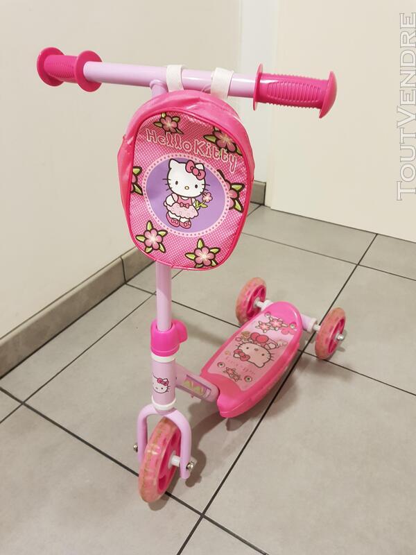 Divers jouets enfant 682098415