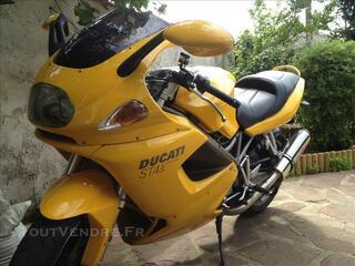 DUCATI ST4S  de 2001  996 cc   118 cv excellent état