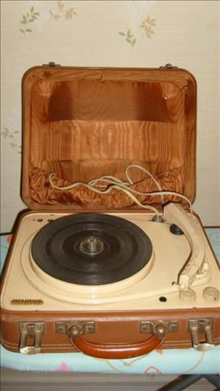 Electrophone MELOVOX Tournedisque ancien 88208690