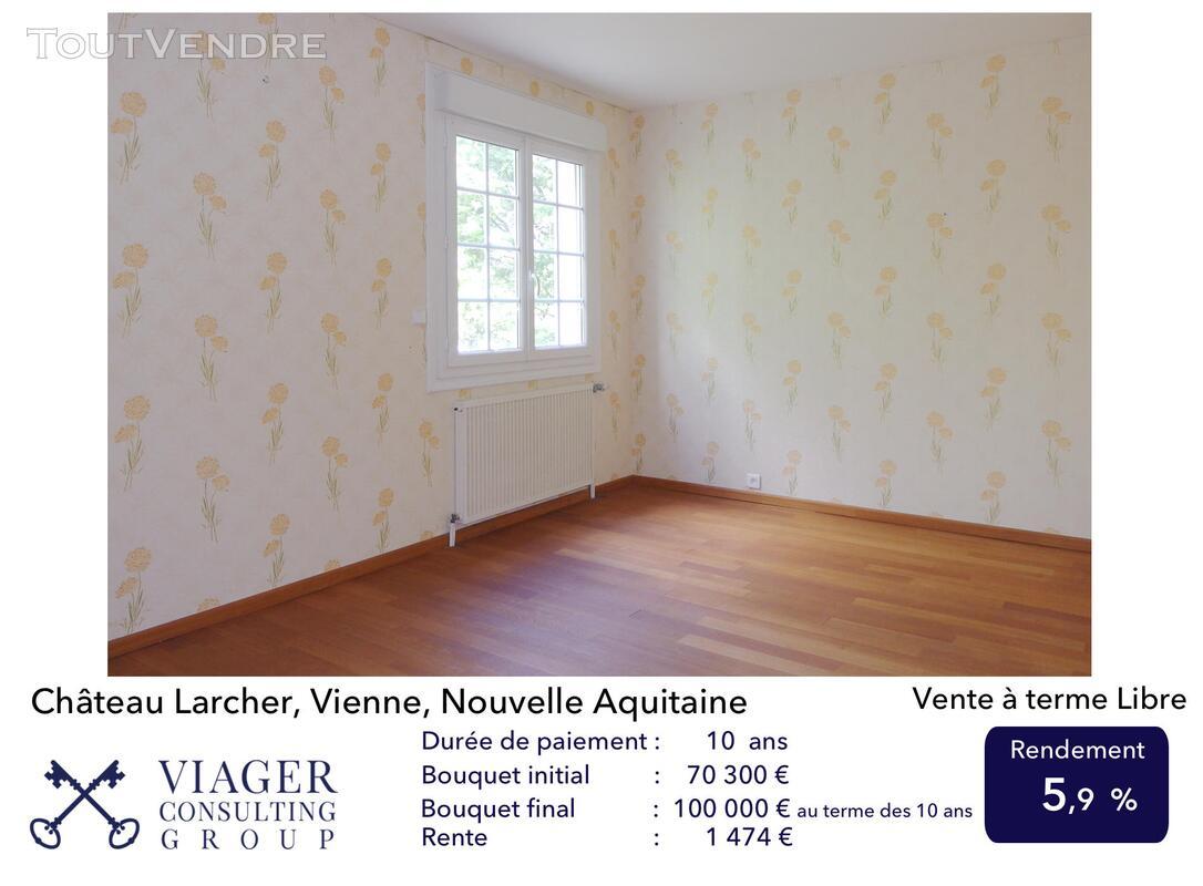 Elégante maison de caractère de 280 m2 proche de Vivonne 211432181