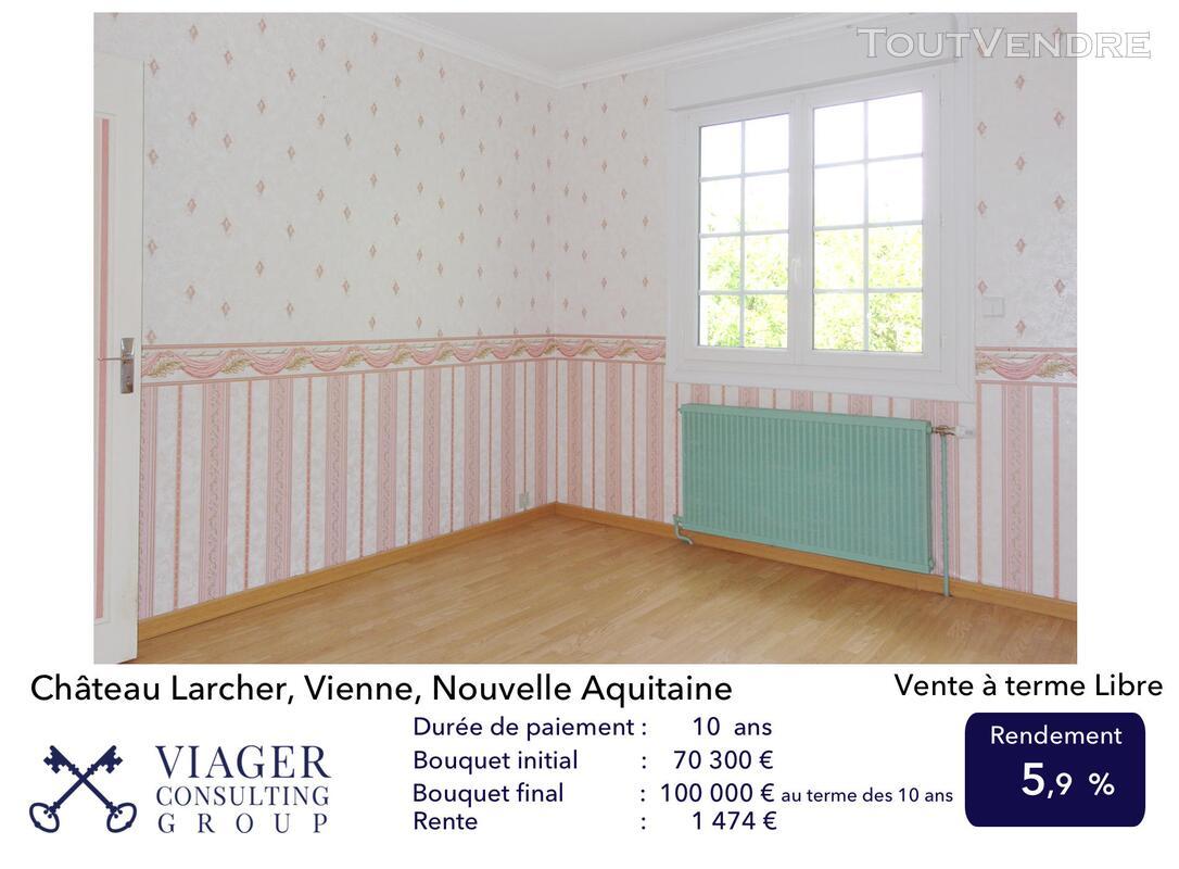 Elégante maison de caractère de 280 m2 proche de Vivonne 211432391