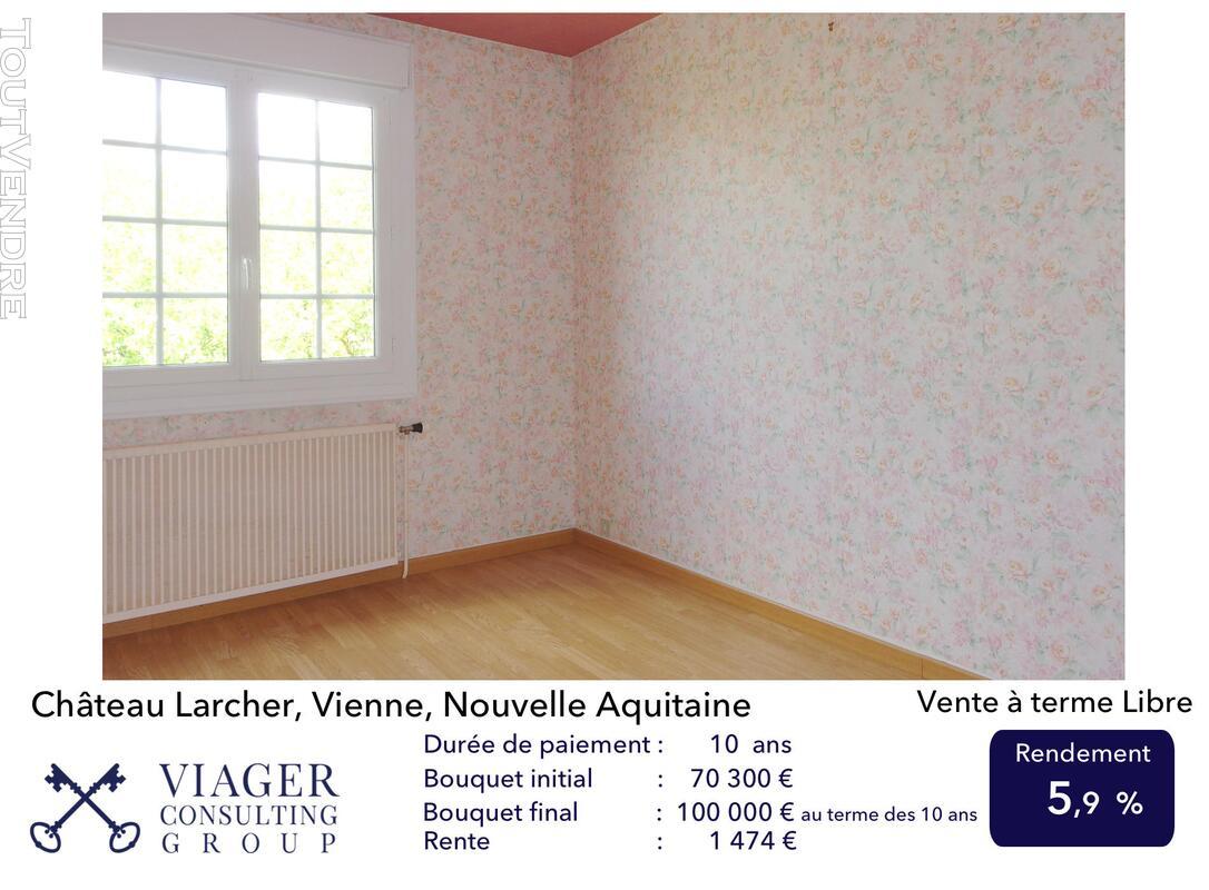 Elégante maison de caractère de 280 m2 proche de Vivonne 211433441