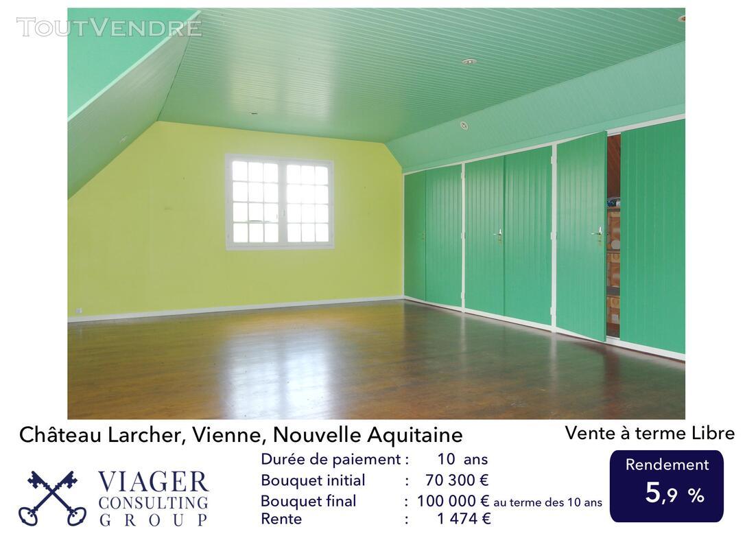 Elégante maison de caractère de 280 m2 proche de Vivonne 211434062