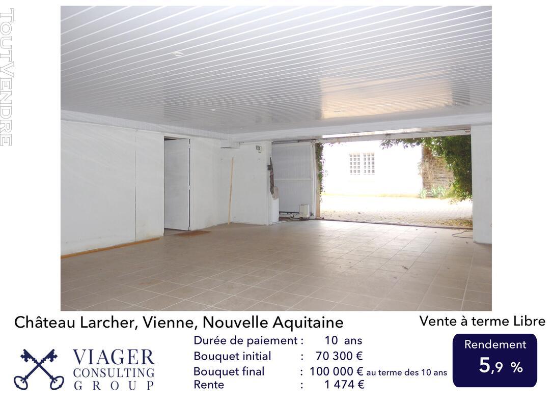 Elégante maison de caractère de 280 m2 proche de Vivonne 211434866
