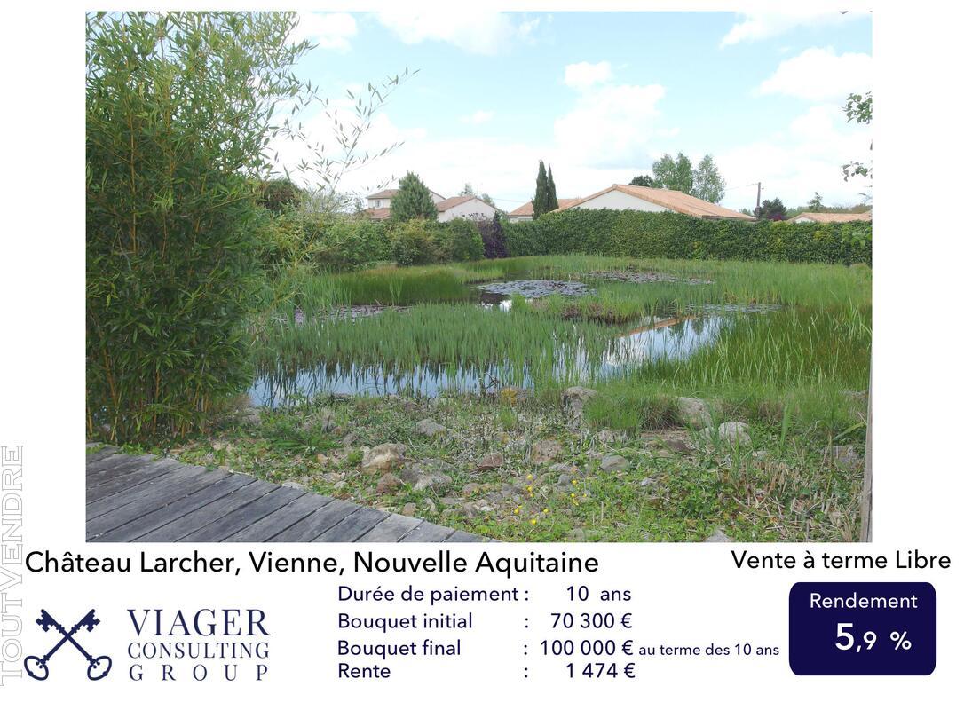 Elégante maison de caractère de 280 m2 proche de Vivonne 211435142