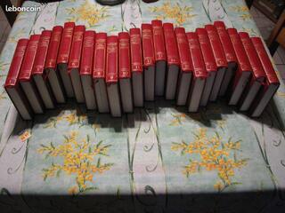 Encyclopédie dictionnaire LAROUSSE complète ( Petit Format )