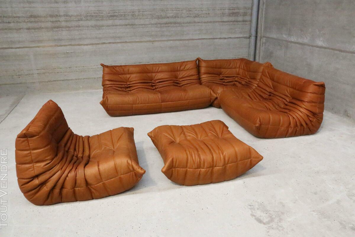 """Ensemble canapé et fauteuils """"Togo"""" design de Michel Ducaroy 190114054"""
