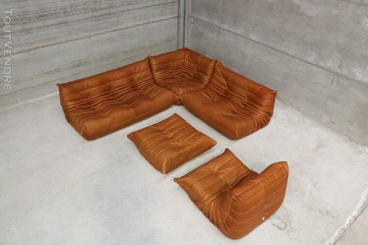 """Ensemble canapé et fauteuils """"Togo"""" design de Michel Ducaroy 190114075"""