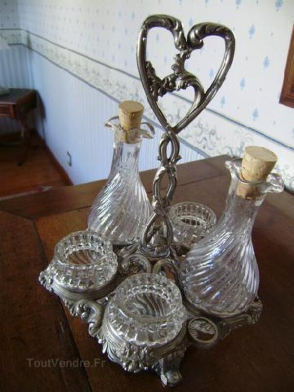 Ensemble huilier-vinaigrier-condiments ancien 92233573