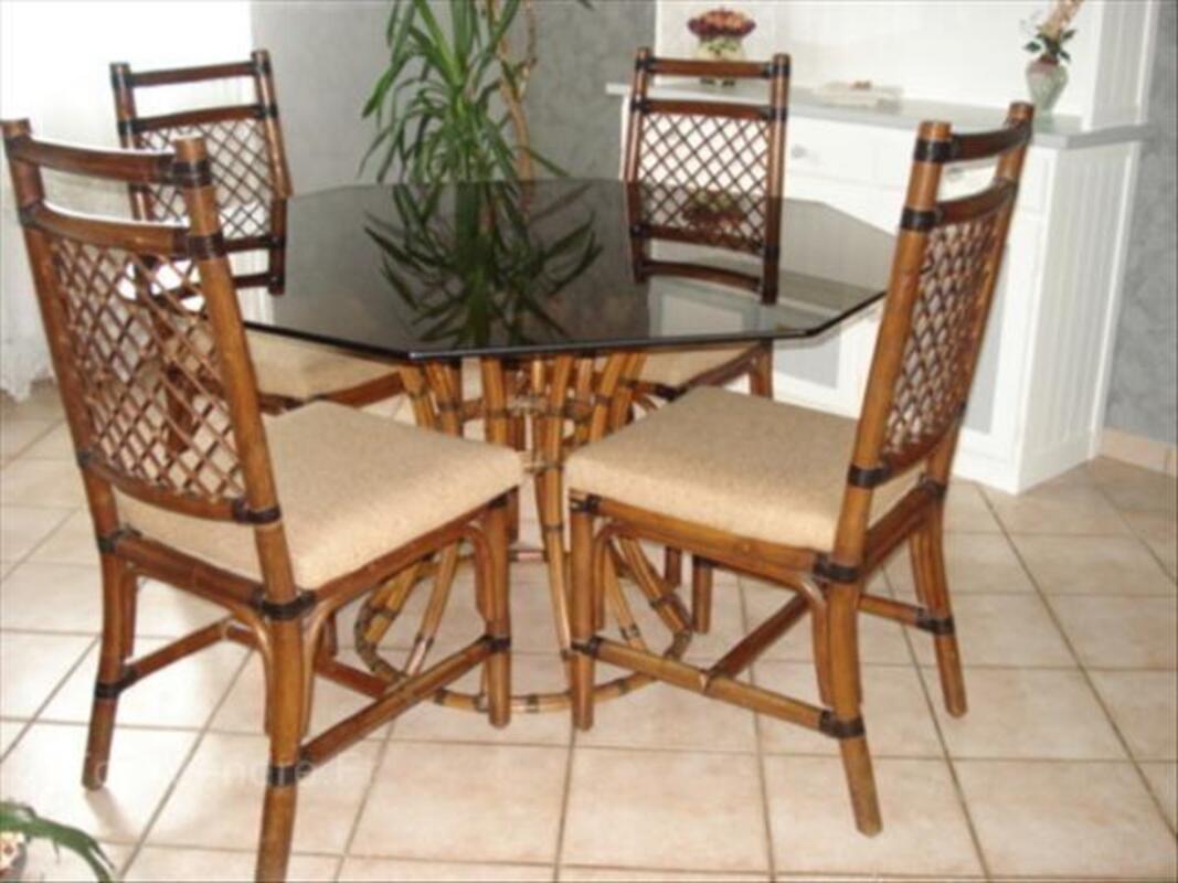 ENSEMBLE TABLES + CHAISES ROCHE ET BOBOIS 56569183