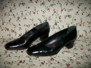 Escarpins noir talon carré taille 38