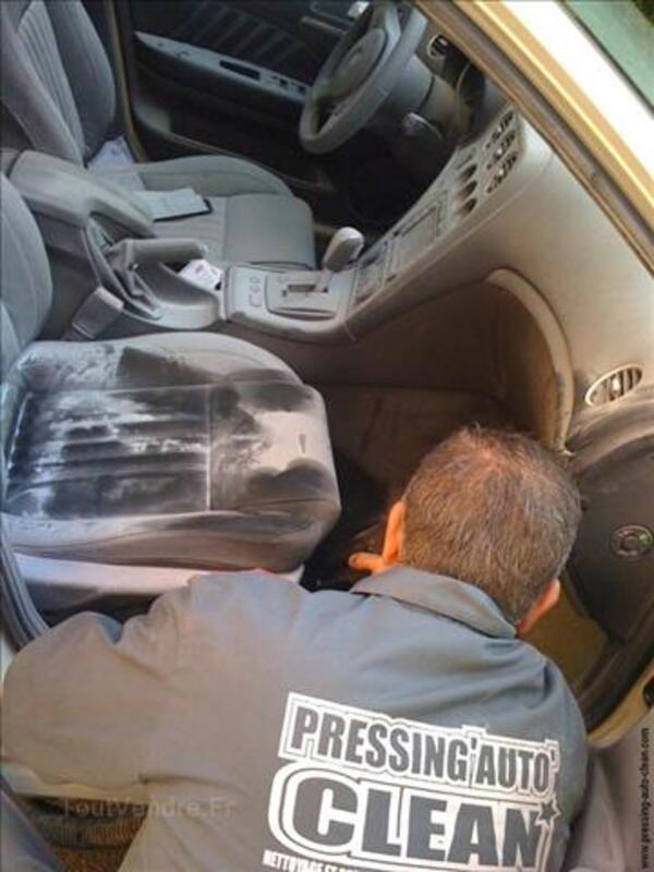 Faite nettoyer & désinfecter l'intérieur de votre véhicule 3239134
