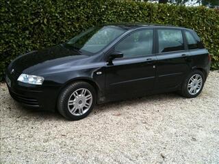 Fiat stilo MJTD 150 CV toutes options (PRO)