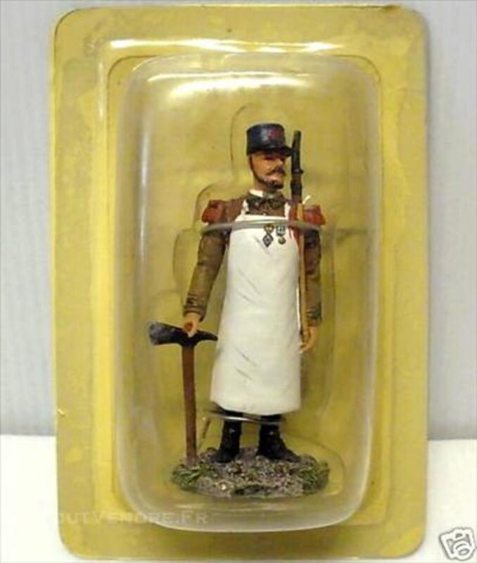 Figurine LEGION ETRANGERE :CAPORAL CHEF DU 1er RE 1931 74609810