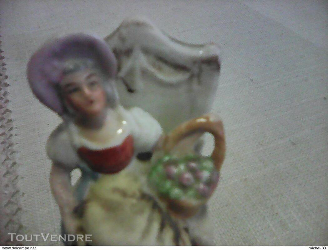 Figurine porcelaine 372742312