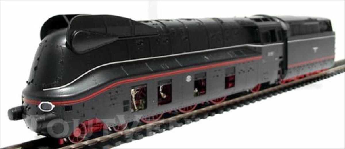 FLEISCHMANN Locomotive express 03  carrosserie aérodynamique 73840282