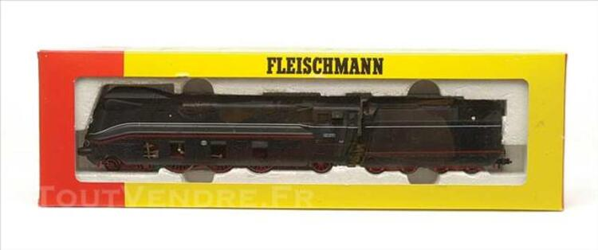 FLEISCHMANN Locomotive express 03  carrosserie aérodynamique 73840284
