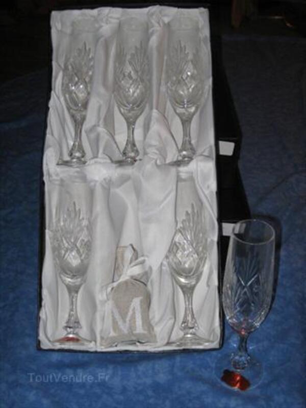 Flutes à champagne 56344343