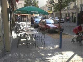 Fond de commerce Café Brasserie avec 3 appartements et un gr