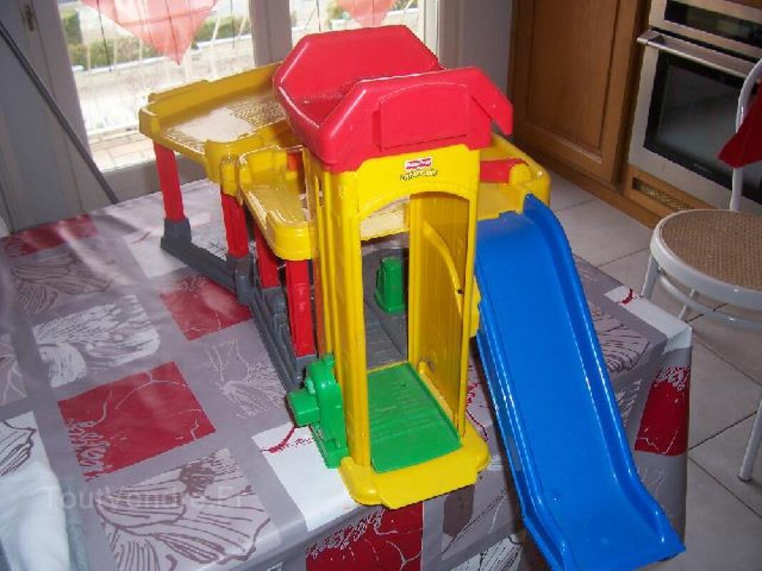 """Garage """"little people"""" de fisherprice 93830982"""