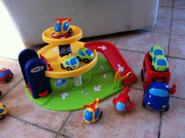 Garage voiture vrom planete 92230867