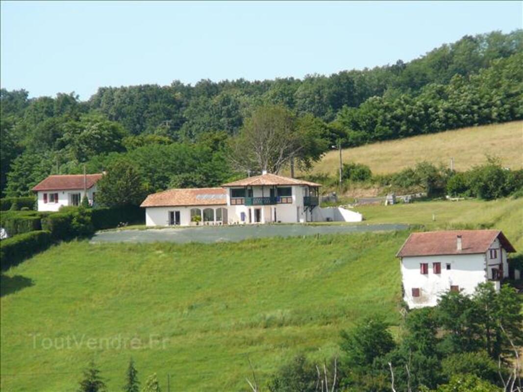 Gite au Pays Basque, près de Cambo Les bains vue panoramique 103461190