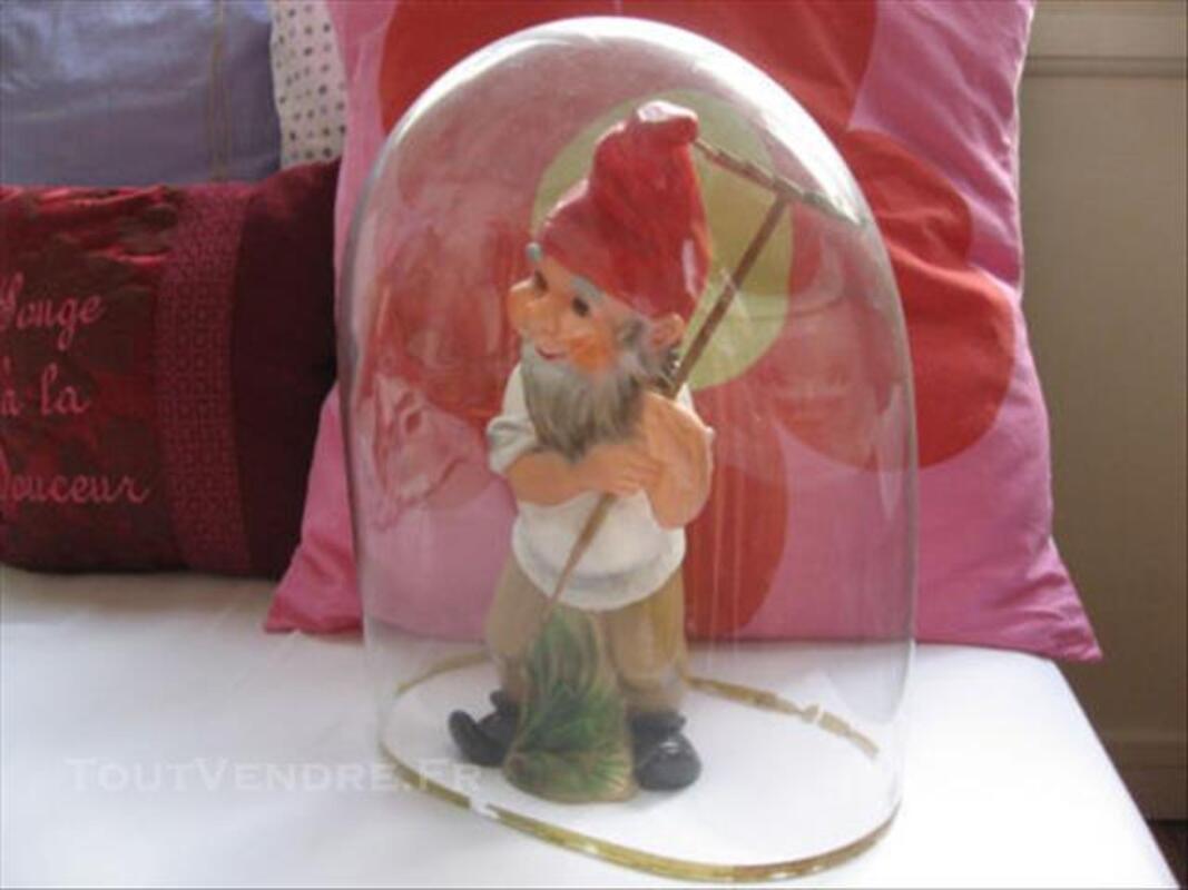 Globe ancien ovale en verre soufflé 84861899