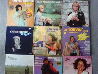 Grand choix de vinyles 33 et 45 tours (4)