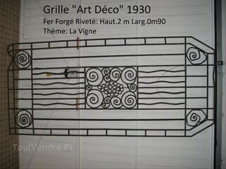 Grille fer forgé riveté d'époque Art-Déco 1930 .