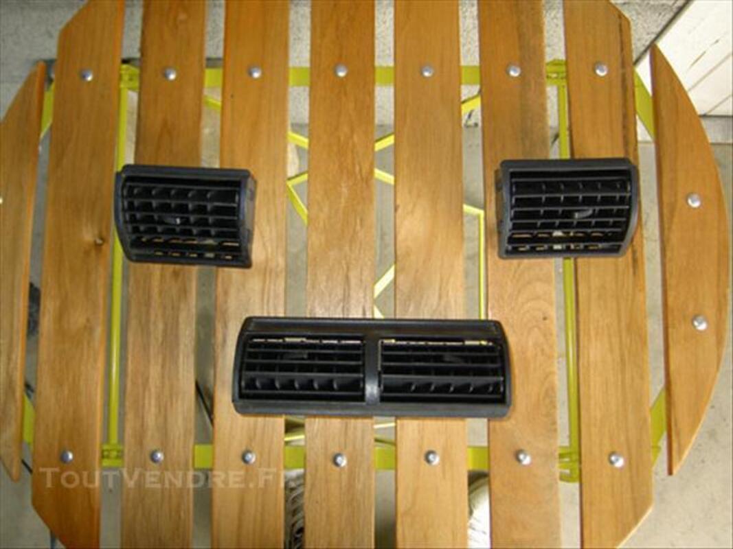 Grilles de ventilation 205 GTI phase 1 76118901