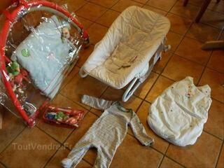 Gros lot bébé jacadi : gigoteuse, transat, tapis, mobil