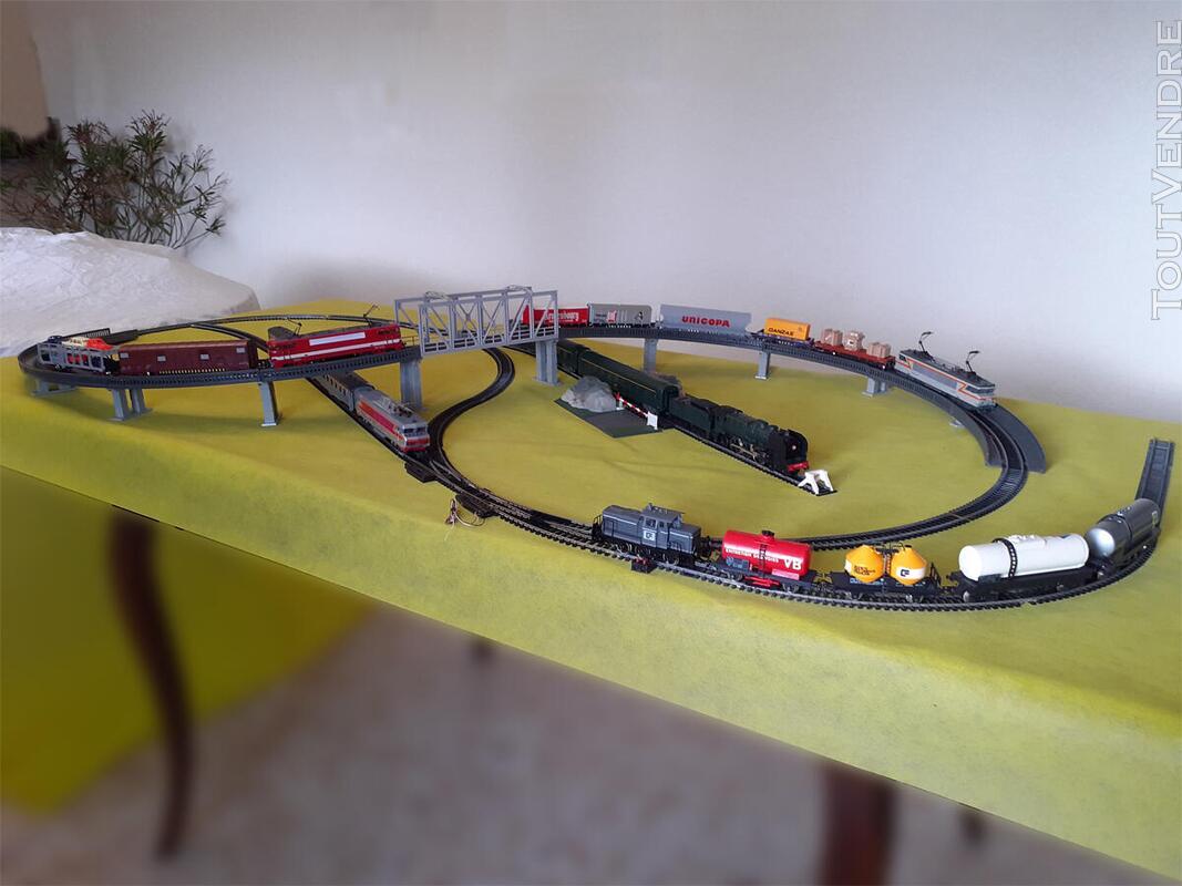 Gros lot de train Marque : JOUEF HO ; locomotives ; voitures 734915345