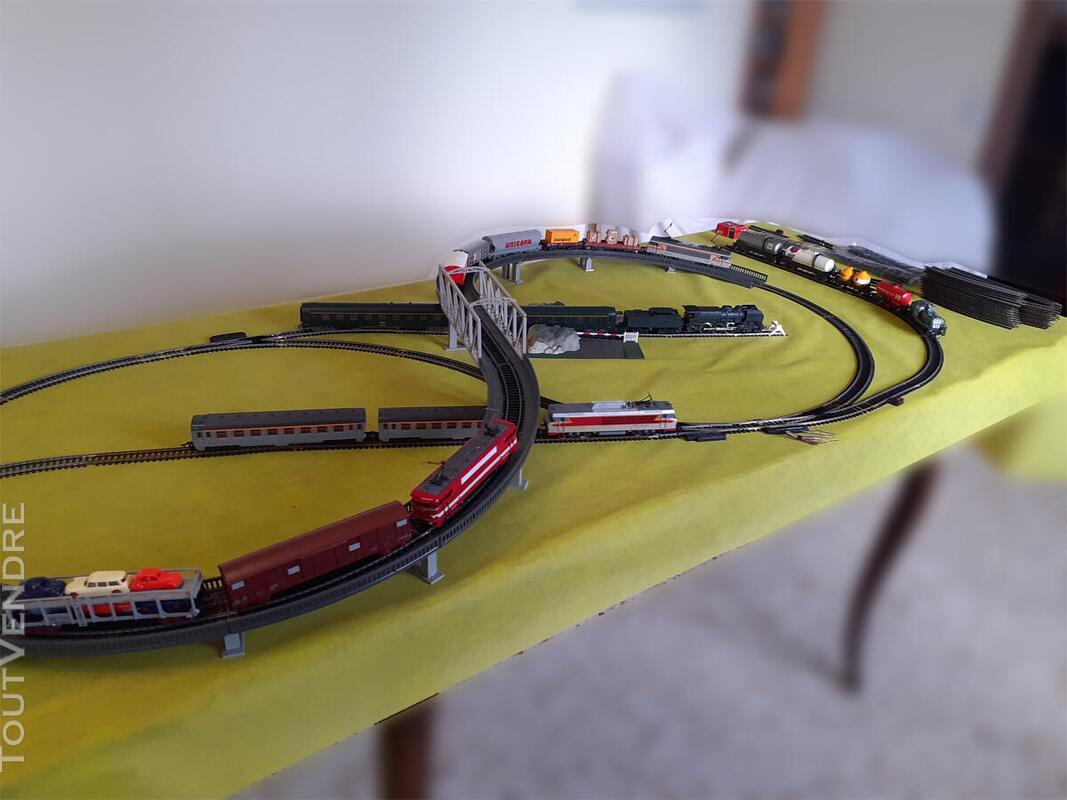 Gros lot de train Marque : JOUEF HO ; locomotives ; voitures 734915351