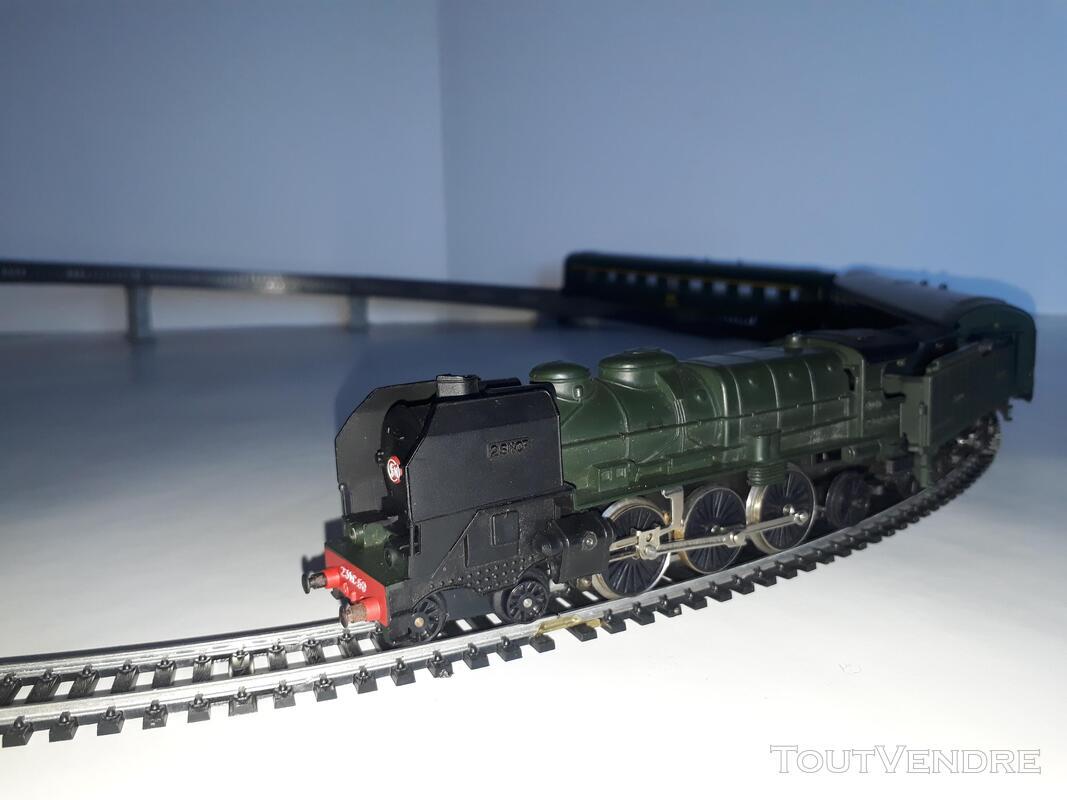 Gros lot de train Marque : JOUEF HO ; locomotives ; voitures 734915369