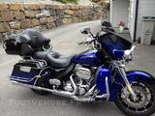 Harley-Davidson CVO FLHTCUSE