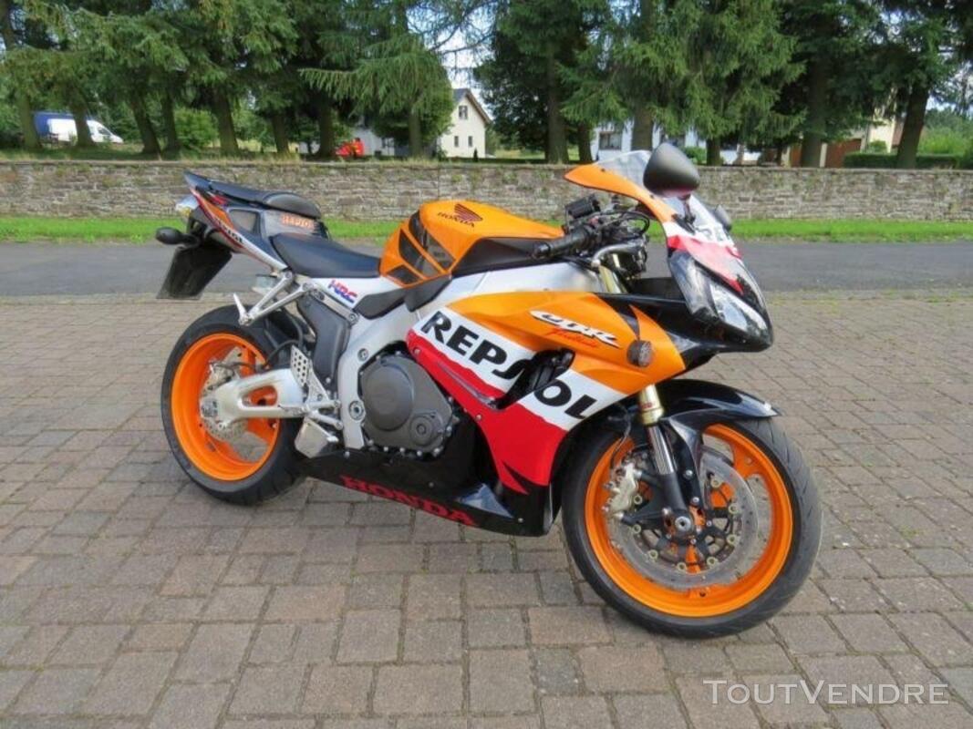 Honda CBR 1000 RR Fireblade Repsol 139802811