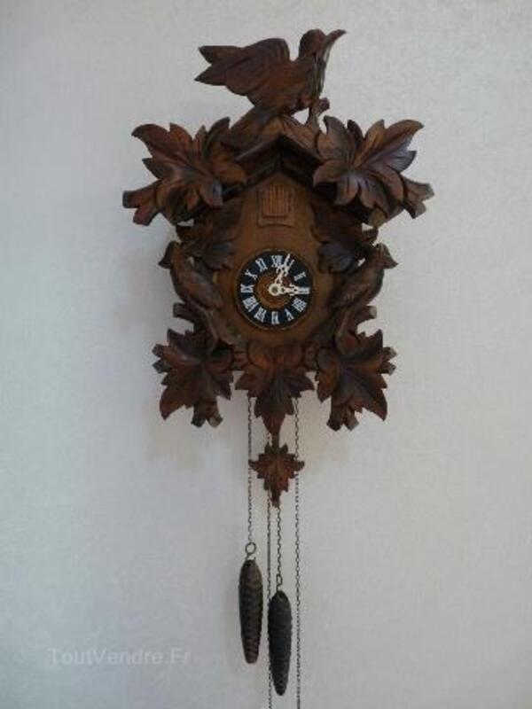 Horloge pendule COUCOU de Foret Noire 104935170