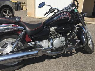HYOSUNG AQUILLA GV 125 cc custom