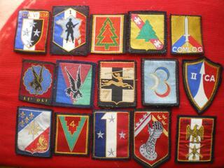 Insigne d'Infanterie et divers en tissu