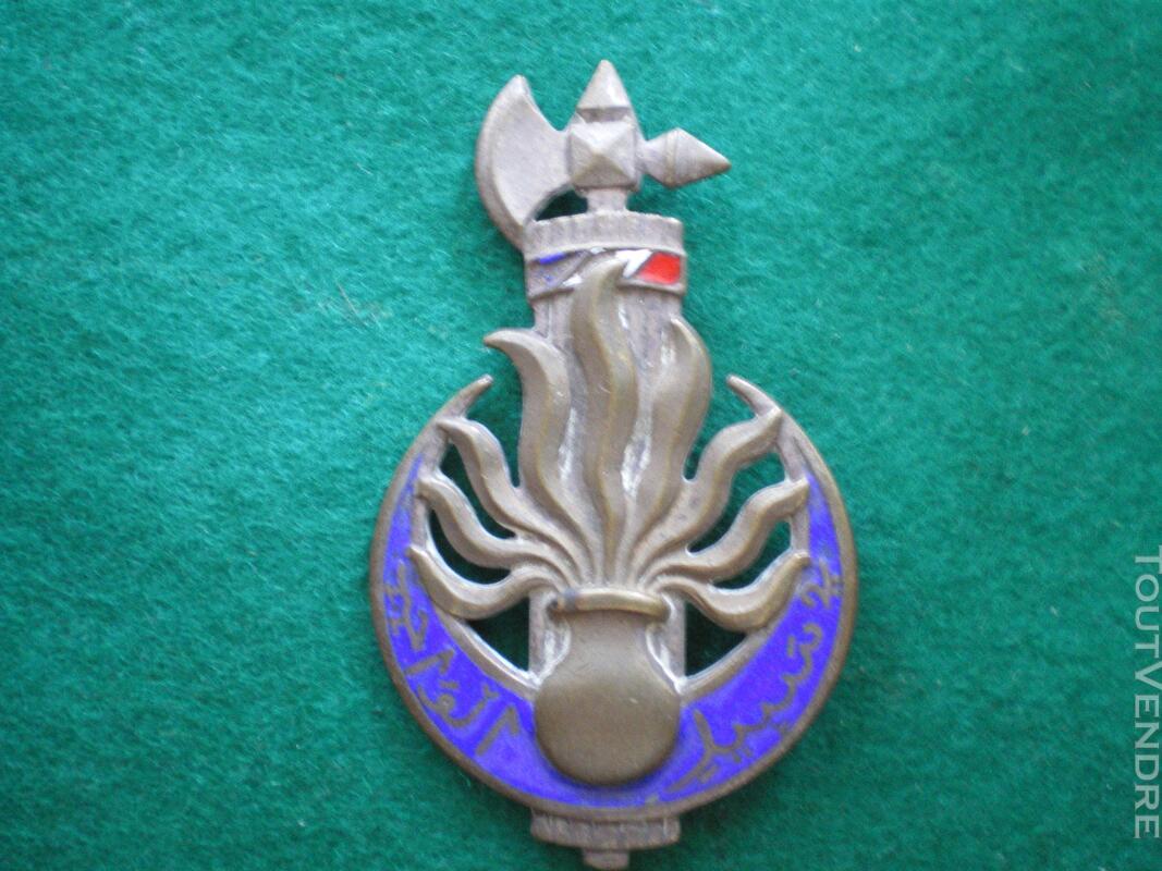 Insigne de la 10ème Légion de Gendarmerie. 141485392