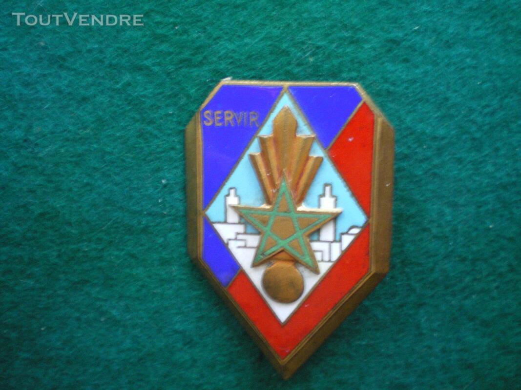 Insigne Gendarmerie 12° Légion Garde Républicaine. 142445300