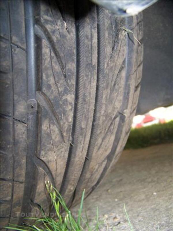 Jantes et pneus peugeot citroen 17 pouces 85252650