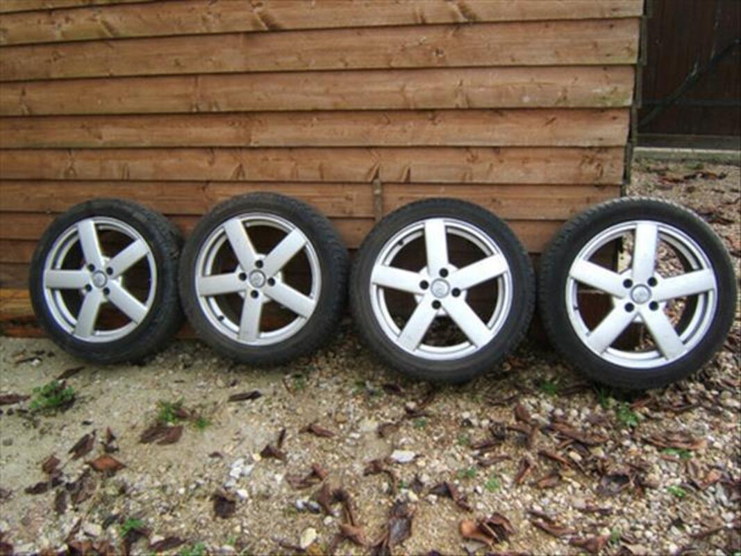 Jantes IWC 4x108 en 17 pouces + pneus 225/45/17 84774781