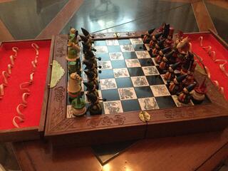 Jeu d'échecs bois laqué Russe année 50
